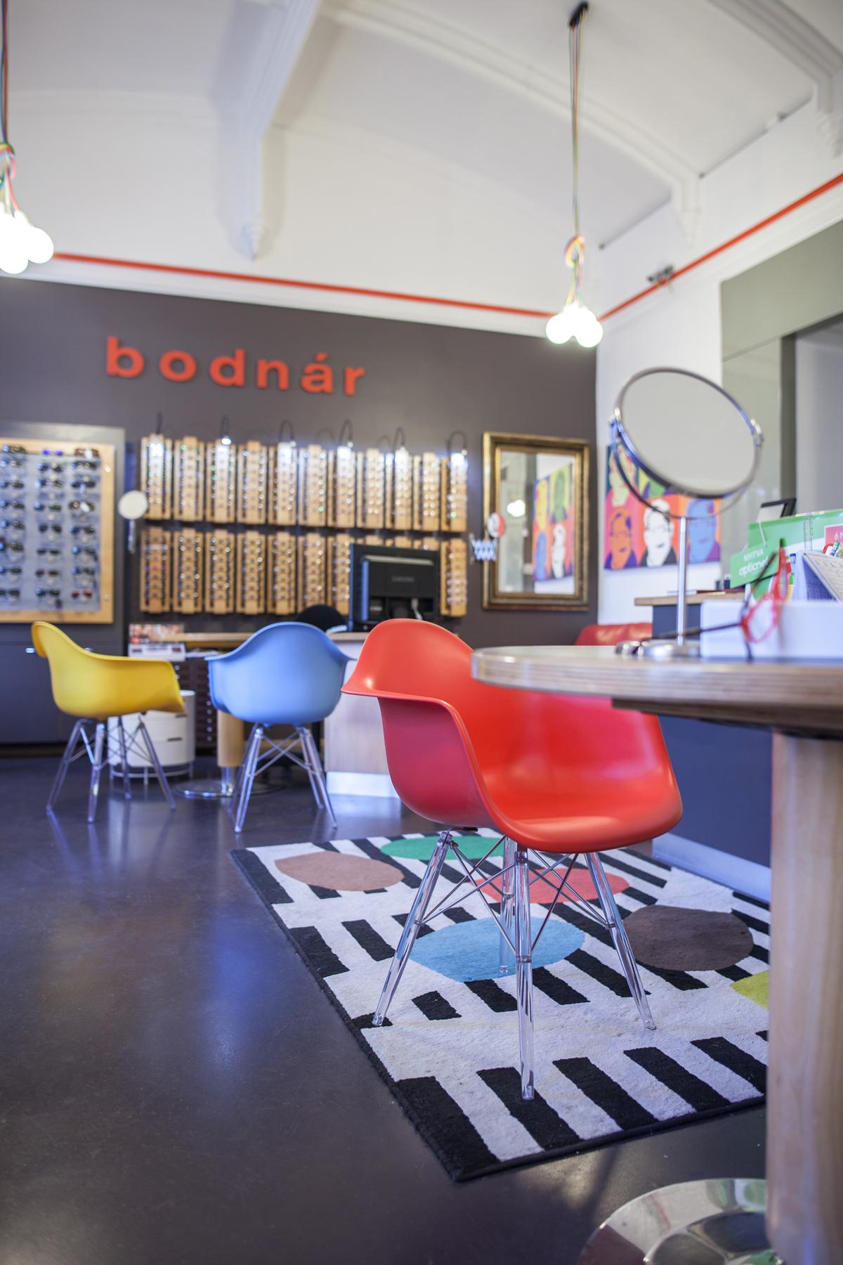 Pop art optikai üzlet Sopron - Lakberendezés Sopron - dothome 3891ced7c9